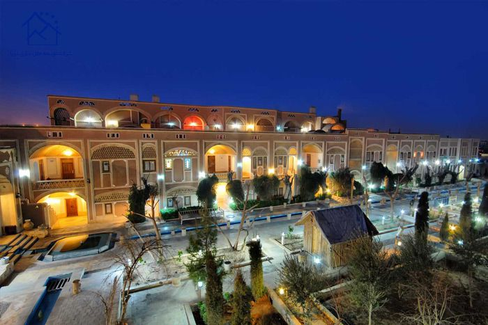 لوکس ترین هتل های یزد - مشیرالممالک