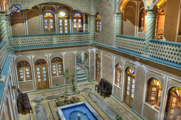 لوکس ترین هتل های یزد- فاضلی