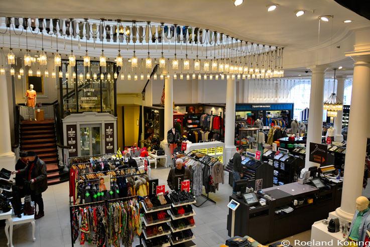 مرکز خرید بونتری (Maison De Bonneterie)